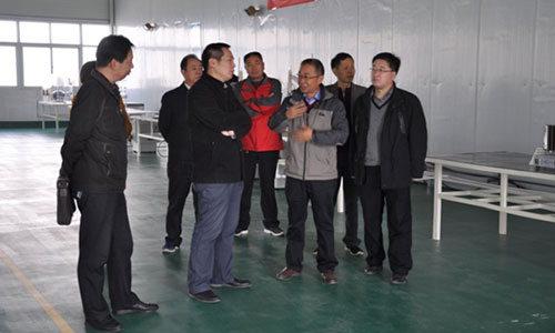 experts--inspected--production-line